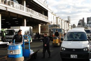 tsukiji_fischmarkt_3_320x200